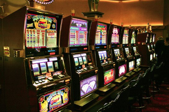 Бриллиантовый дым онлайн казино Вулканвиннер