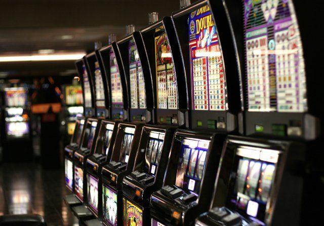 Играйте в популярном онлайн казино Золото Лото