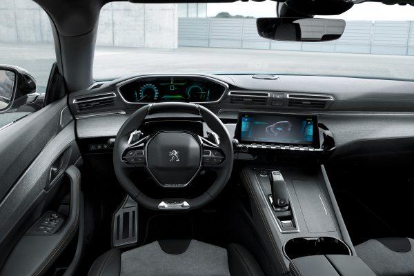 Присматриваете себе новое авто? Обратите внимание на Peugeot 3008 и Peugeot 5008!