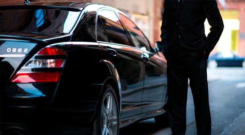 Прокат автомобилей с водителем и без в Киеве
