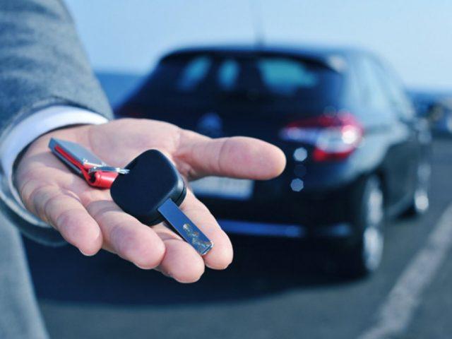 Как арендовать автомобиль с выгодой и безопасно